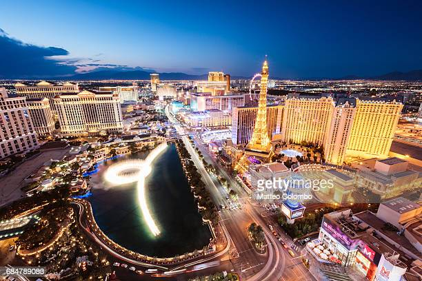 las vegas illuminated at night, nevada, usa - las vegas stock pictures, royalty-free photos & images