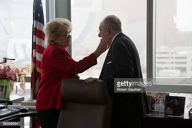 Las Vegas Mayor Carolyn Goodman happily works in the shadow of her predecessor and husband former Mayor Oscar Goodman She and Oscar primp behind her...