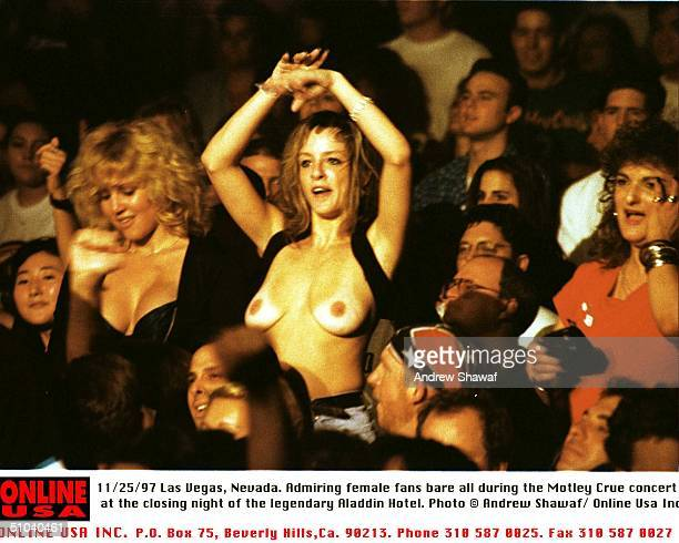 Las Vegas Nevada Admiring Female Fans Bare All At The Closing Night Of The Legendary Aladdin Hotel During The Motley Crue Tour