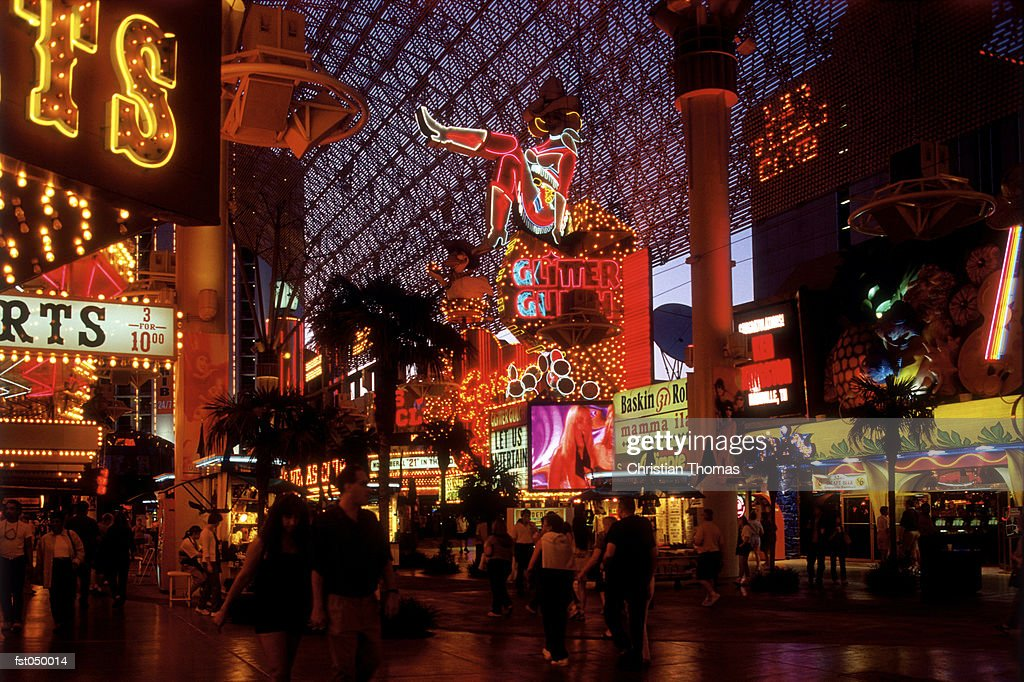 Las Vegas, Nevada, USA, Las Vegas walkway at night : Stock Photo