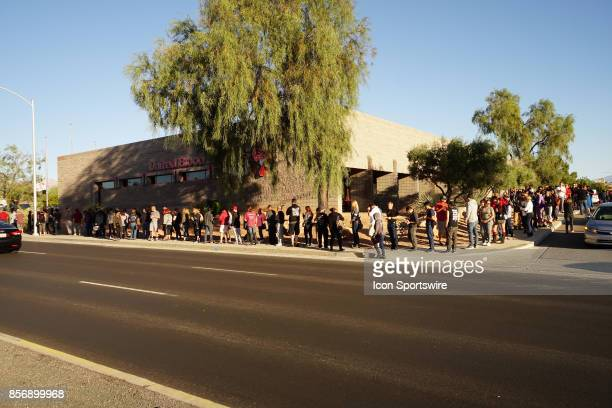 Las Vegas Residents line up around United Blood Services to donate after the mass shooting in Las Vegas on October 02 2017 in Las Vegas NV