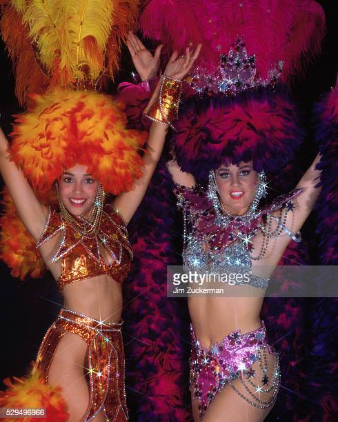 las vegas showgirls - showgirl stock pictures, royalty-free photos & images