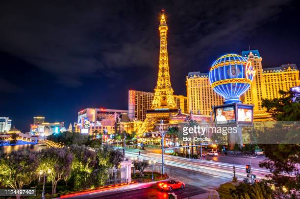 las vegas strip at night - las vegas stock pictures, royalty-free photos & images