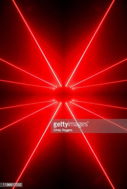 laser orbs - reflejo efecto de luz fotografías e imágenes de stock
