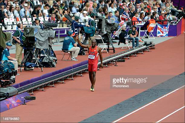 Lashawn Meritt of the USA gets injured during the the heats of the 400m Men Athletics held during Day 08 of the London 2012 Olympic Games at the...