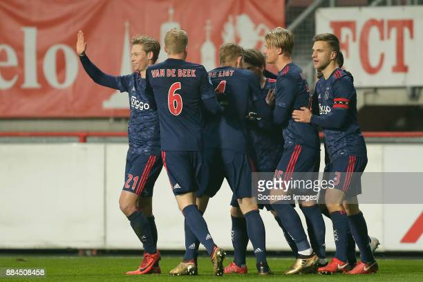 Lasse Schone of Ajax celebrates 01 with Frenkie de Jong of Ajax Donny van de Beek of Ajax Matthijs de Ligt of Ajax Kasper Dolberg of Ajax Joel...