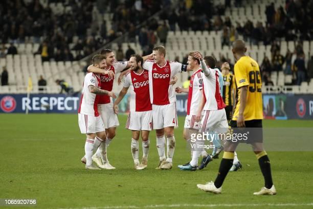 Lasse Schone of Ajax Maximilian Wober of Ajax Daley Blind of Ajax Matthijs de Ligt of Ajax Frenkie de Jong of Ajax David Neres of Ajax Alef of AEK...