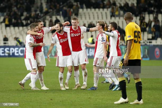 Lasse Schone of Ajax Maximilian Wober of Ajax Daley Blind of Ajax Matthijs de Ligt of Ajax Frenkie de Jong of Ajax Zakaria Labyad of Ajax Alef of AEK...