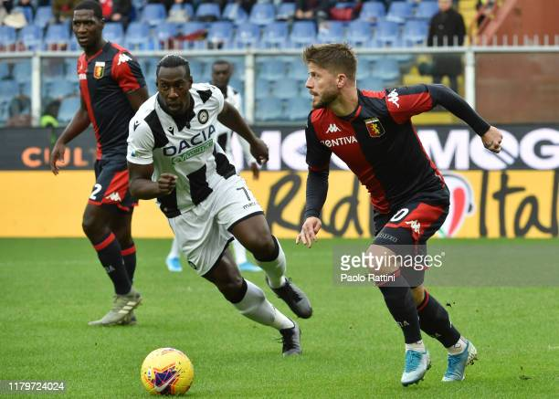 Lasse Schone of Genoa CFC in action during the Serie A match between Genoa CFC and Udinese Calcio at Stadio Luigi Ferraris on November 3, 2019 in...