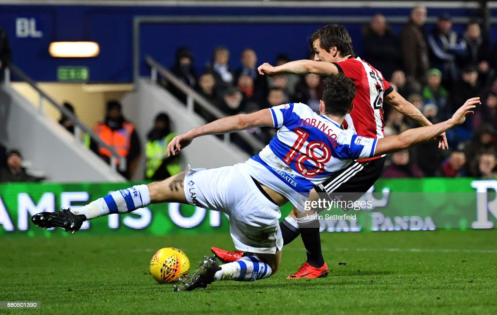 Lasse Vibe of Brentford scores the 2nd Brentford goal during the Sky Bet Championship match between Queens Park Rangers and Brentford at Loftus Road on November 27, 2017 in London, England.