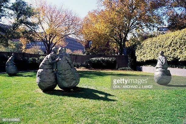 Last Conversation Piece 19941995 by Juan Munoz Sculpture Park Hirshhorn Museum Washington DC District of Columbia United States of America 20th...