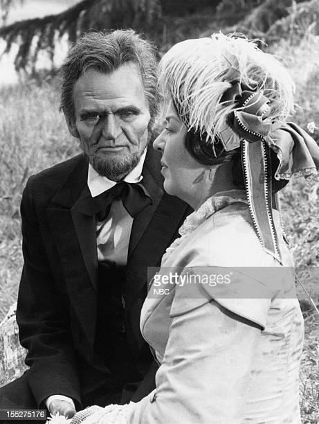 LINCOLN Last Days Episode 6 Pictured Hal Holbrook as Abraham Lincoln Sada Thompson as Mary Todd Lincoln