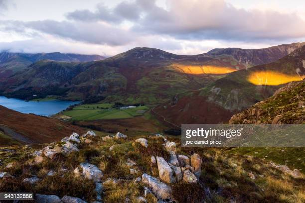 last light at buttermere, lake district, cumbria, england - cumbria stock photos and pictures