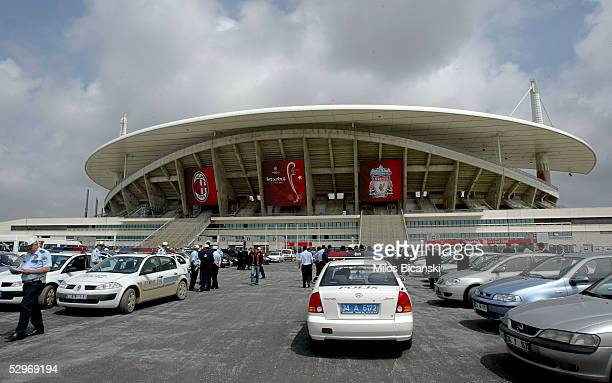 Last minute preparations continue in front of the Ataturk stadium ahead of the UEFA Champions League Final between Liverpool and AC Milan on May 23,...