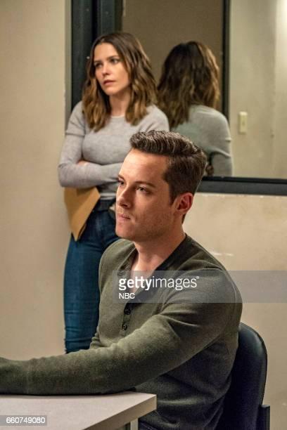 D 'Last Minute Resistance' Episode 419 Pictured Sophia Bush as Erin Lindsay Jesse Lee Soffer as Jay Halstead