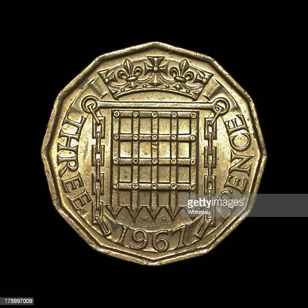 twelve-sided threepenny bit old english coin 1967 reverse - 1967 stock pictures, royalty-free photos & images