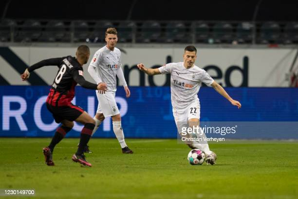 Laszlo Benes of Borussia Moenchengladbach in action during the Bundesliga match between Eintracht Frankfurt and Borussia Moenchengladbach at Deutsche...
