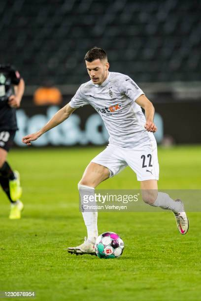 Laszlo Benes of Borussia Moenchengladbach in action during the Bundesliga match between Borussia Moenchengladbach and SV Werder Bremen at...