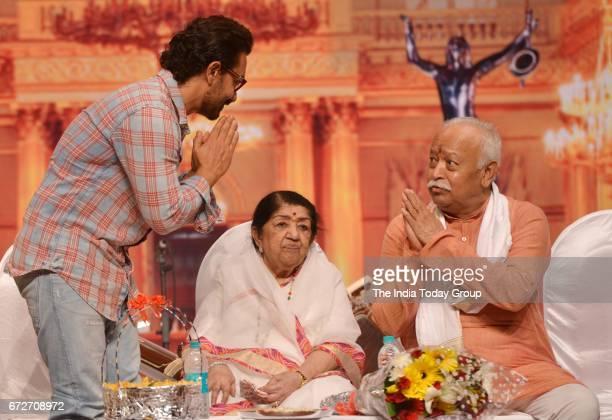 Lata Mangeshkar Aamir Khan and Mohan Bhagwat during the 'Master Dinanath Mangeshkar Award 2017' in Mumbai