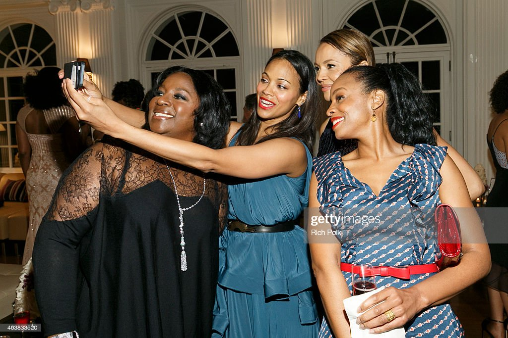 Alfre Woodard's Oscar's Sistahs Soiree Sponsored By White Diamond Lustre, Elizabeth Taylor : News Photo
