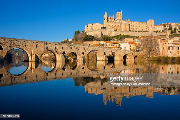 late afternoon in beziers - herault stock pictures, royalty-free photos & images