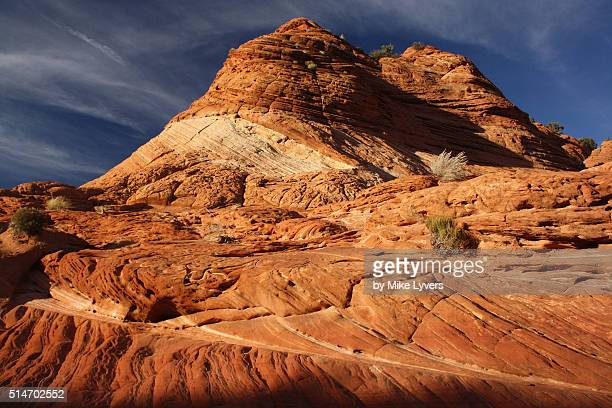late afternoon light on cross-bedded fossil dunes above wire pass - grand staircase escalante national monument stock pictures, royalty-free photos & images