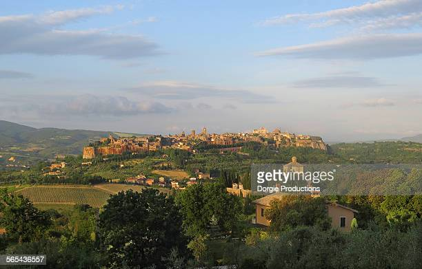 late afternoon sun on beautiful orvieto - orvieto stock pictures, royalty-free photos & images