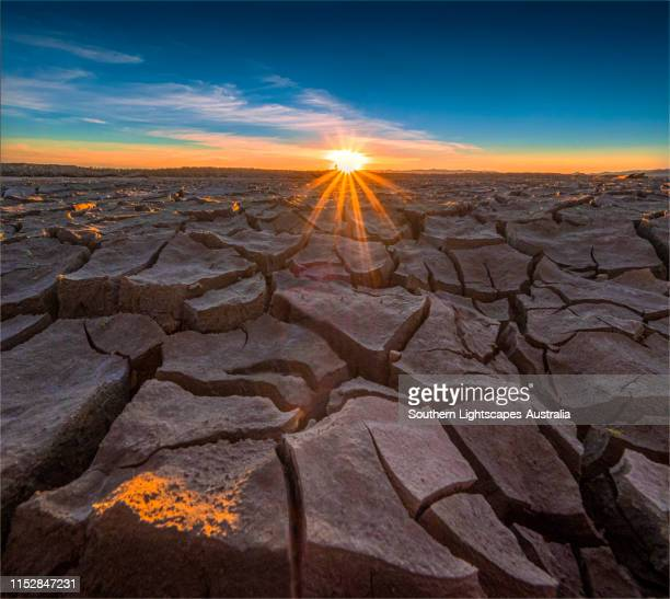 late summer drought conditions at lake glenmaggie, west gippsland, victoria. - drought stock pictures, royalty-free photos & images