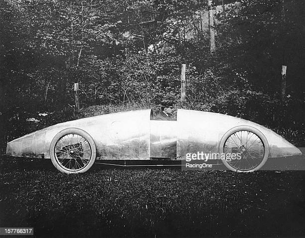 Late-1905: Louis S. Ross at the wheel of one of his company's first steam-powered vehicles that were produced from 1906 through 1909. Ross gained...