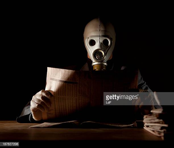 latest news in a polluted environment - deadly exchange stock pictures, royalty-free photos & images