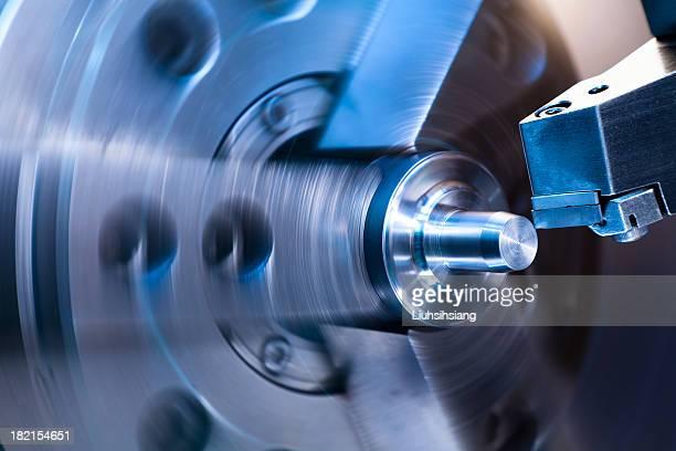 CNC 旋盤処理