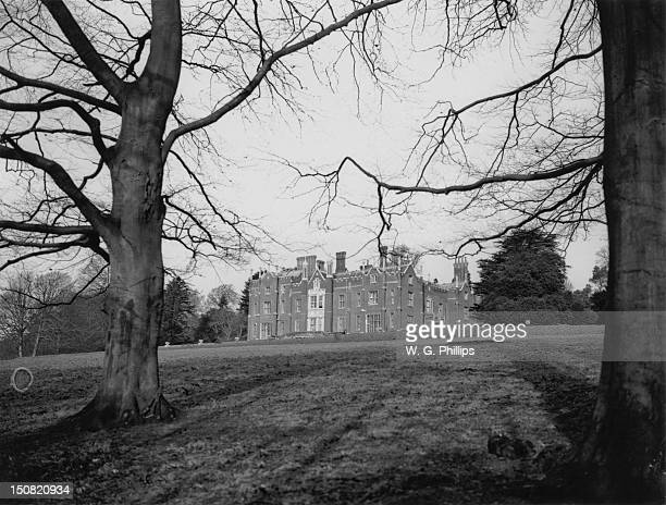 Latimer House home to the barons Chesham near Latimer in Buckinghamshire 17th January 1931 Renamed Latimer Place the Victorian Mansion is now a hotel...