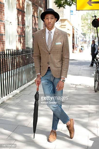 cb3d0889909fd Latouche Teacher wearing a Hackett Tie Top man jacket Denim Demon jeans  Square London Shoes lily
