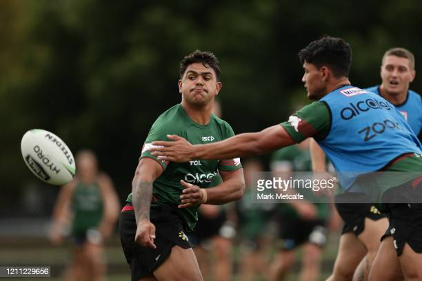 2 099 South Sydney Rabbitohs Training Session Photos And Premium High Res Pictures Getty Images