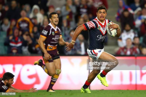 Latrell Mitchell of the Roosters makes a break during the NRL Qualifying Final match between the Sydney Roosters and the Brisbane Broncos at Allianz...