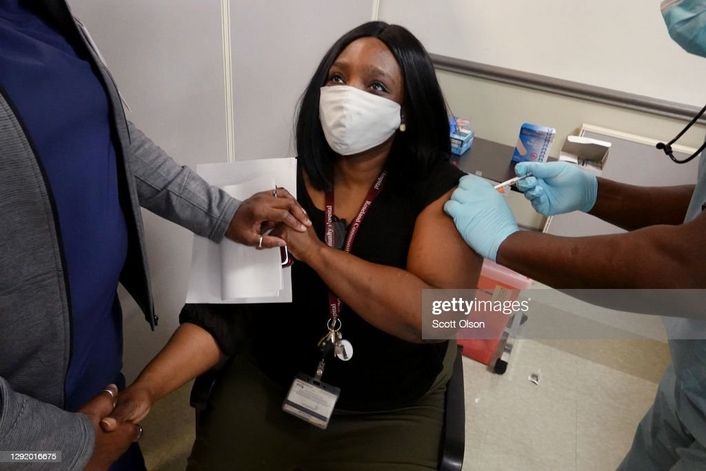 Chicago's Roseland Community Hospital Administers Covid Vaccinations To Hospital Staff : News Photo