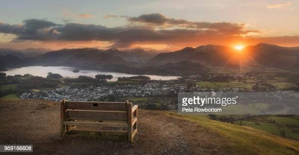 latrigg sunset - noordwest engeland stockfoto's en -beelden