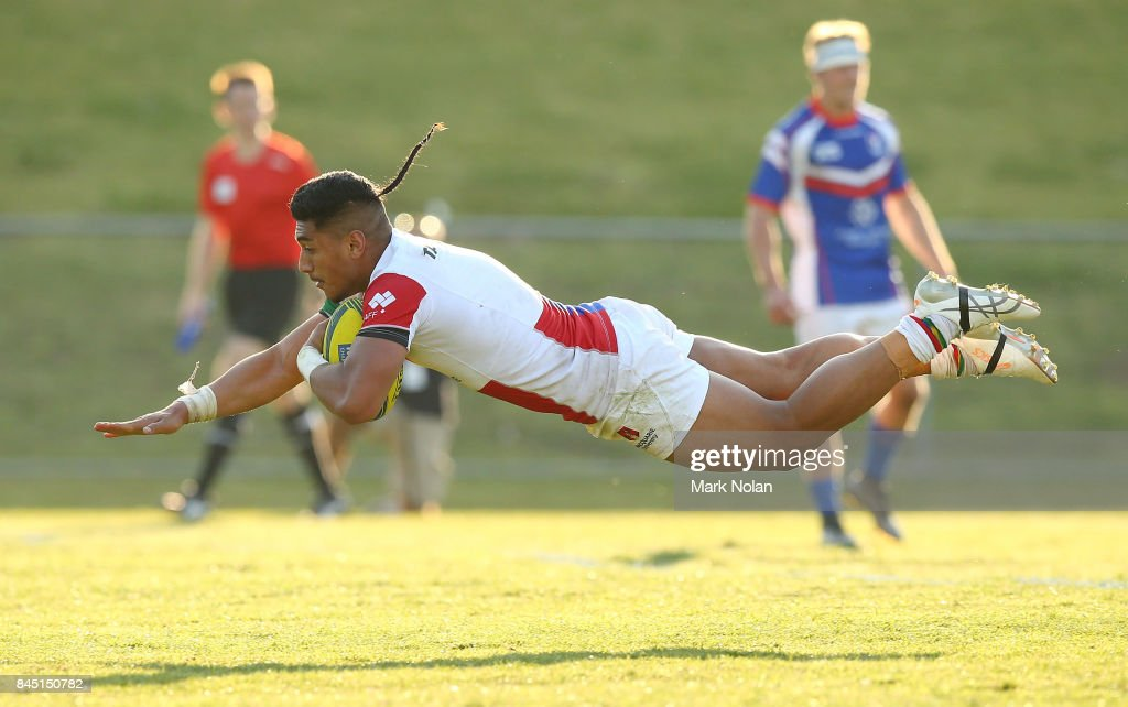 Latu Latunipulu of the Rays dives to score during the round two NRC match between the Rays and the Rams at Macquarie Uni on September 10, 2017 in Sydney, Australia.