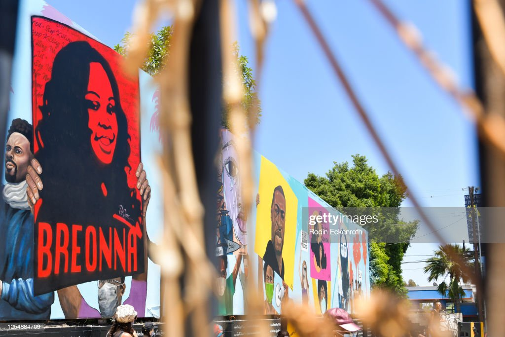 Laugh Factory To Unveil 148-Foot Mural Dedicated To Black Lives Matter : News Photo