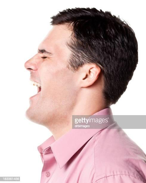 Hombre sonriente vista lateral de perfil
