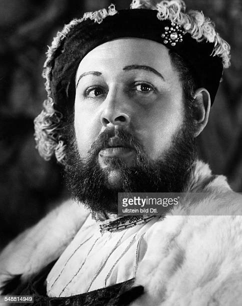 Laughton Charles Actor Director Great Britain *01071899 Scene from the movie 'The Private Life of Henry VIII' Directed by Alexander Korda Great...