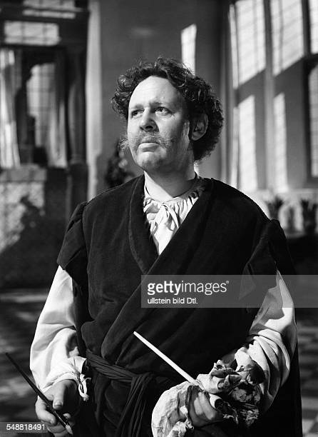 Laughton Charles actor GB *01071899 in the role as Rembrandt in the movie 'Rembrandt' Directed by Alexander Korda GB 1935/36 Produced by Alexander...