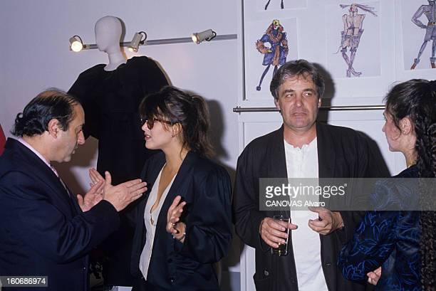 Launch Of Perfume 'rumba' By Balenciaga France Paris 15 septembre 1988 Avenue d'Iéna dans les locaux de la maison de couture Balenciaga à l'occasion...