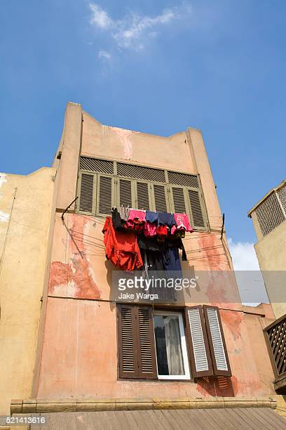 laundry drying, egypt - jake warga stock pictures, royalty-free photos & images