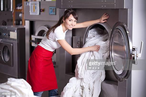 Un service de blanchisserie.