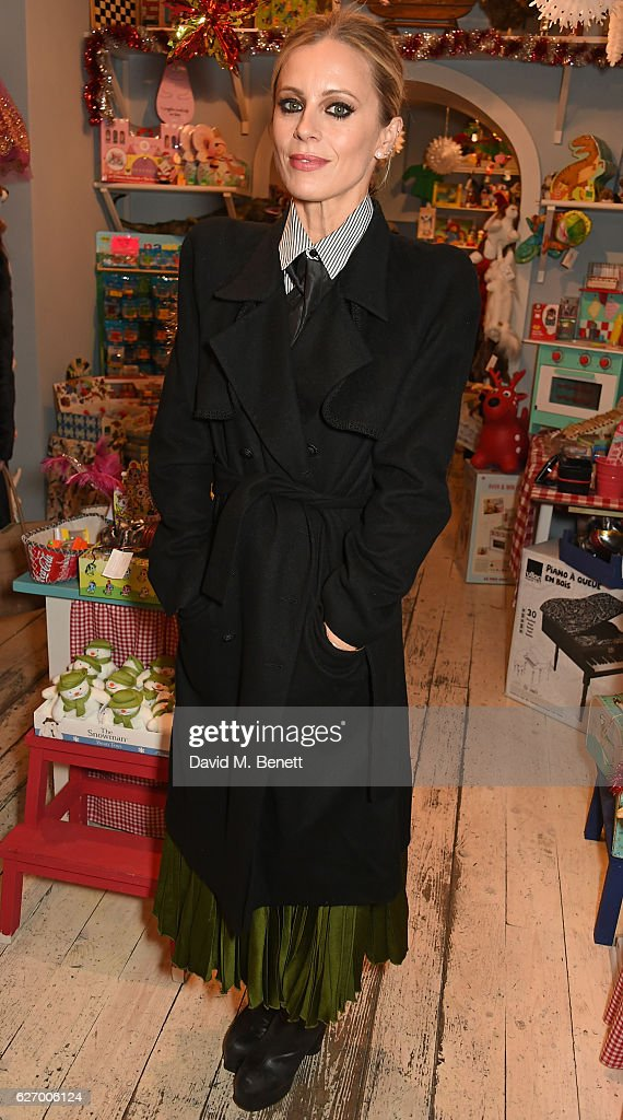 Laura Bailey attends Honeyjam's 10th birthday party on December 1, 2016 in London, England.