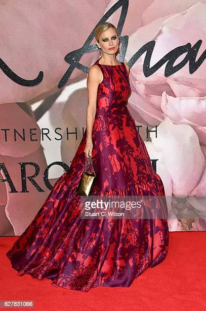 Laura Bailey attends The Fashion Awards 2016 on December 5 2016 in London United Kingdom