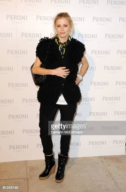 Laura Bailey attends the Peroni Blue Ribbon Design Awards with Alessi on September 29 2009 in London England