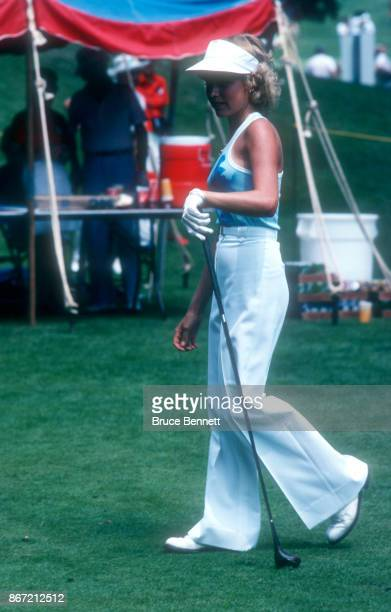 Laura Baugh of the United States walks to the tee during the 1978 WUI Classic circa August 1978 at the North Hills Country Club in Manhasset New York
