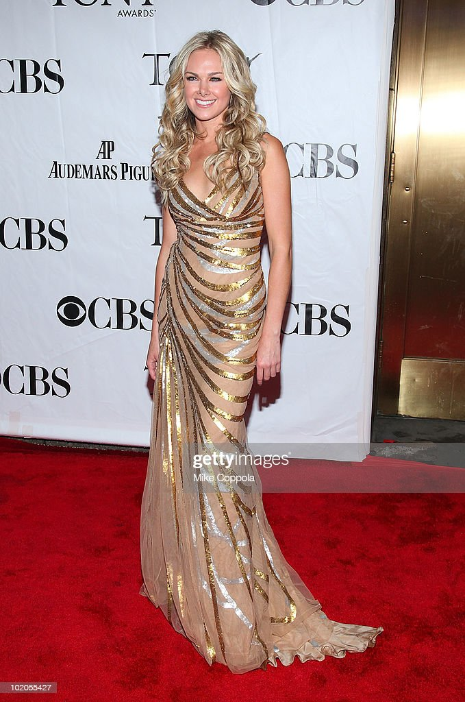 Laura Bell Bundy attends the 64th Annual Tony Awards at Radio City Music Hall on June 13, 2010 in New York City.